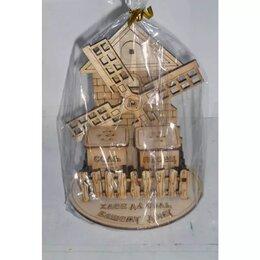 Солонки, перечницы и ёмкости для специй - Подставка под специи Домовой/Мельница/Богатство T-, 0
