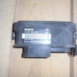 Двигатель и топливная система  - Audi 100 1991-1995 год (C4) Датчик детонации, 0