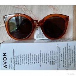 Очки и аксессуары - Женские солнцезащитные очки, 0