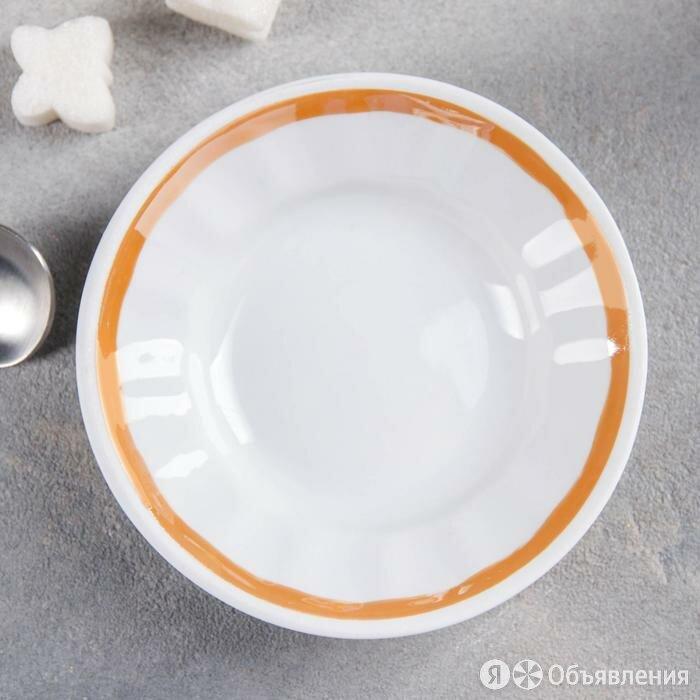 Блюдце 95 мл, d=11 см, цвет белый/золотистый по цене 96₽ - Кружки, блюдца и пары, фото 0