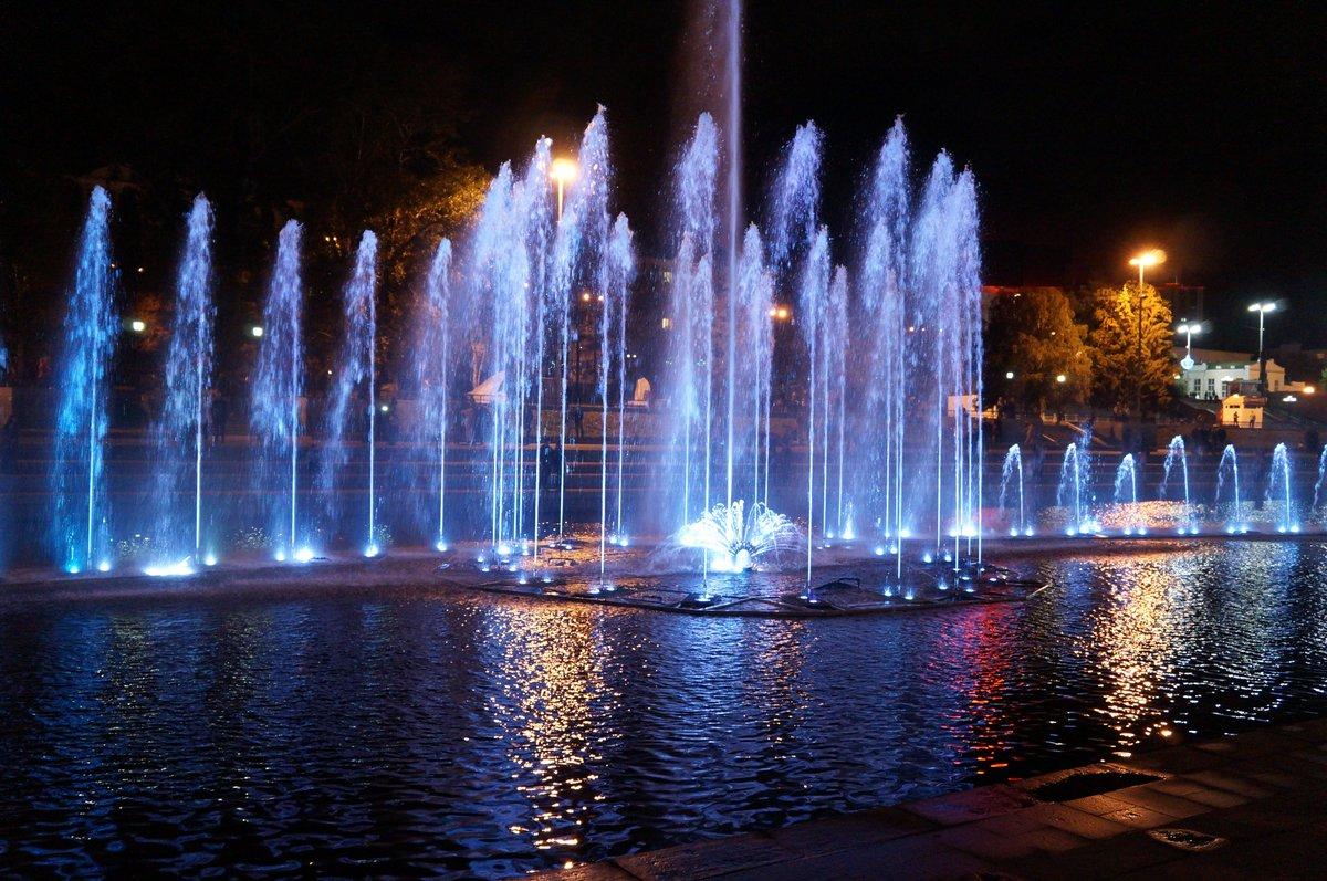 Поющий фонтан екатеринбург фото