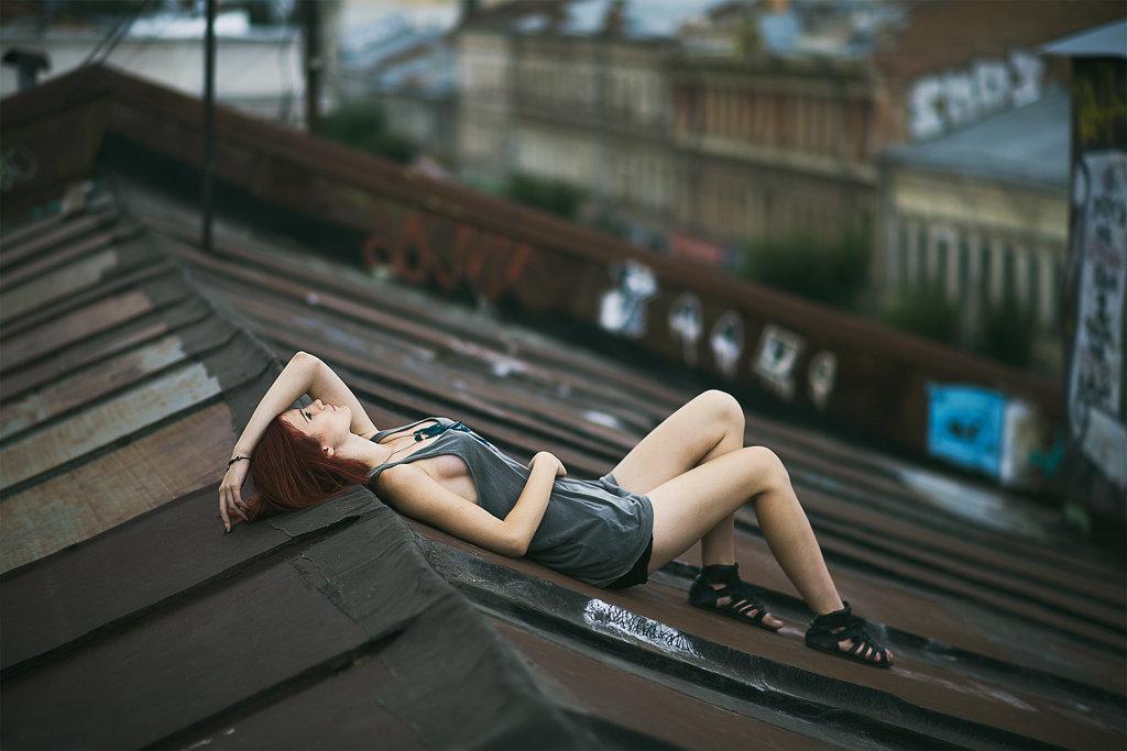 игры позы для фото на крыше игнатьев яркое