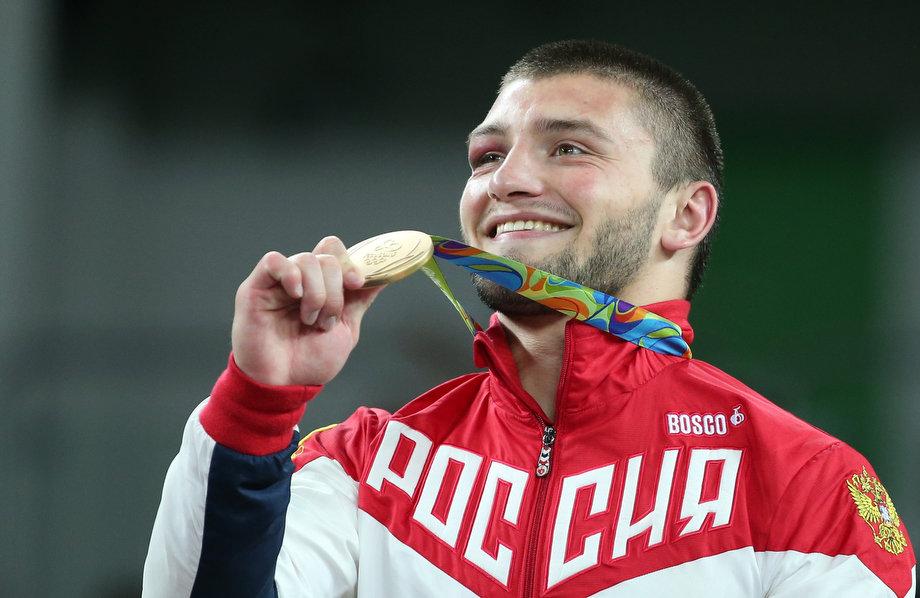 поступила работу, картинки я олимпийский чемпион никому тогда голову