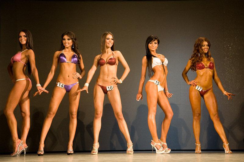 bikini-fitness-girls-model-contest-asian-twins-cum-jizz-ass