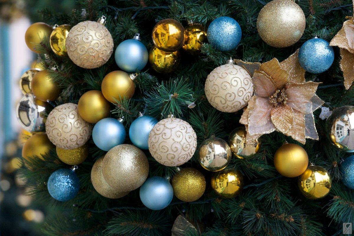 картинки с елками красивые и шарами