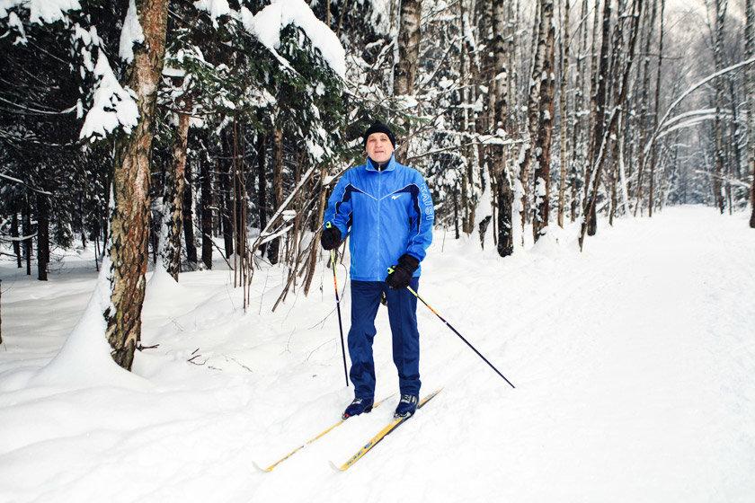 так влияет фото мужчины зимой на лыжах много разновидностей
