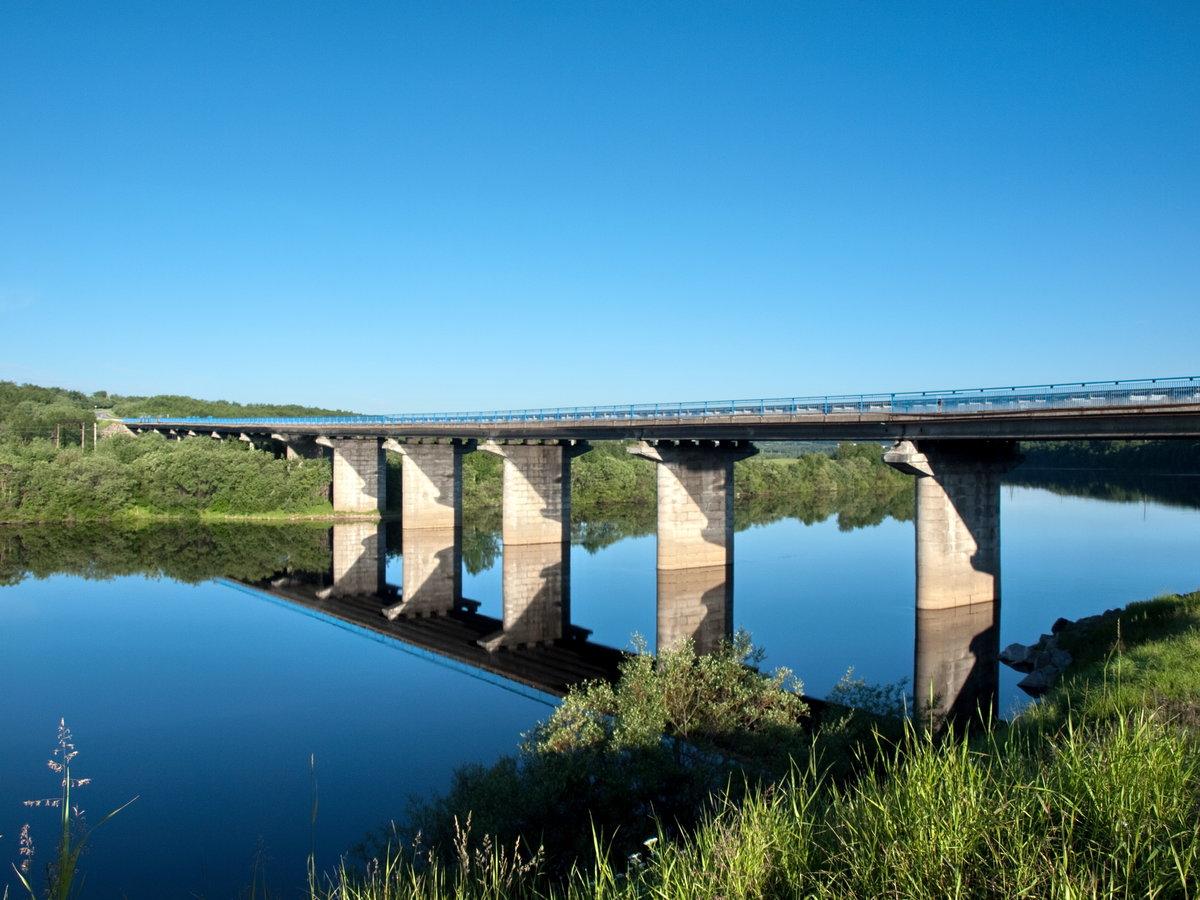 картинки реки под мостом открытки надписями любимой