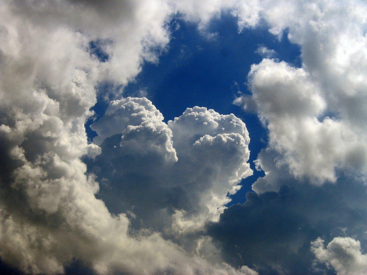 формы на белом облаке любви картинки может
