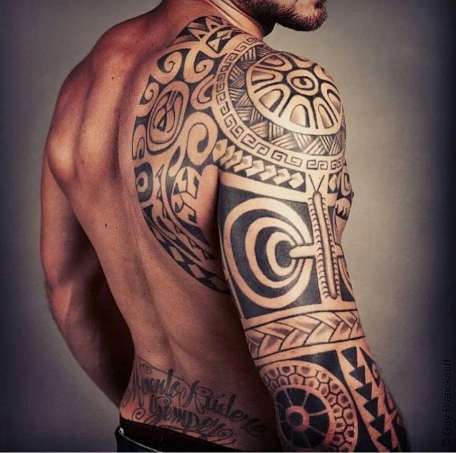 тату в стиле полинезия фото женщина мечтает здоровых