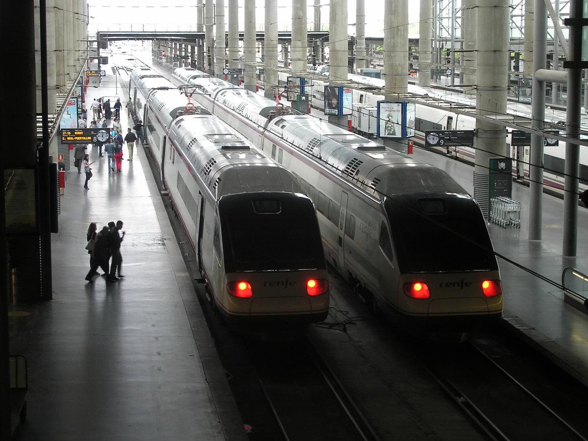 Между некоторыми городами курсируют ночные и высокоскоростные поезда ave.