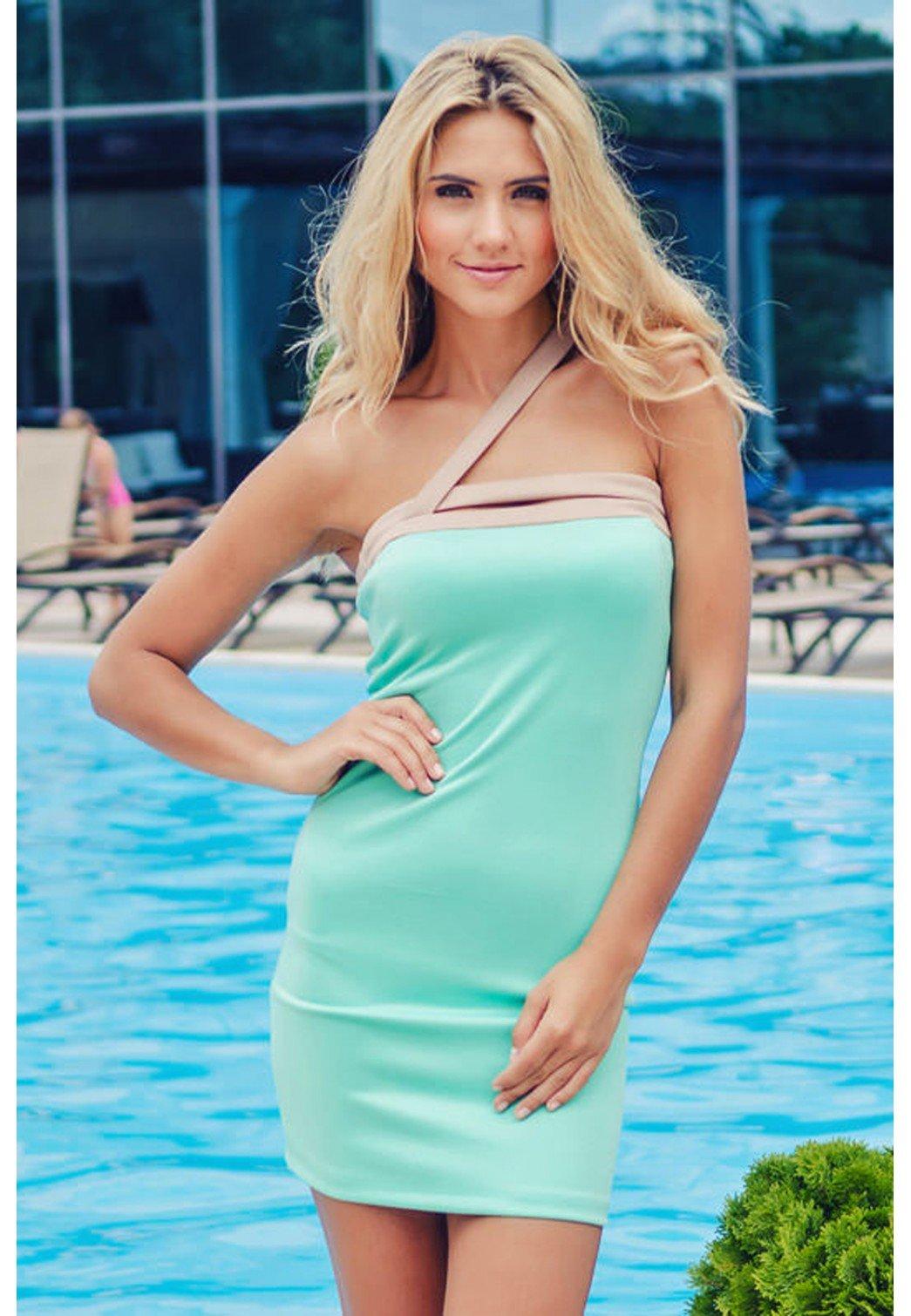 Фото красивых девушек блондинка в бирюзовом белье