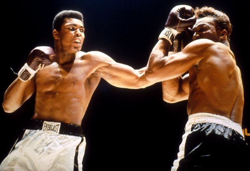 a biography of muhammad ali the greatest boxer Muhammad ali, considered to be the greatest heavyweight boxer, died late friday night in a phoenix-area hospital at 74 years old here is a list of some of his best quotes (in no particular order):.