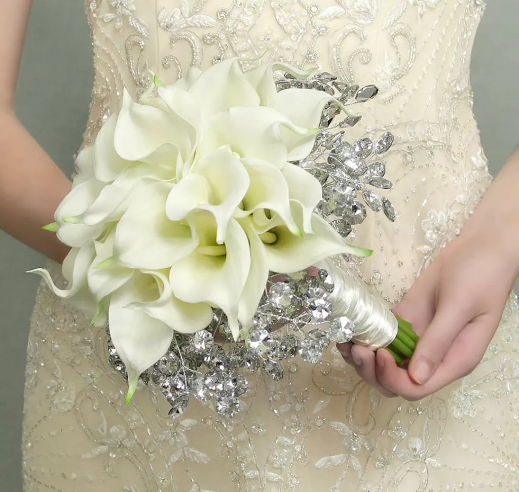 Доставки цветов, букет невесты оформление цветами свадебного платья