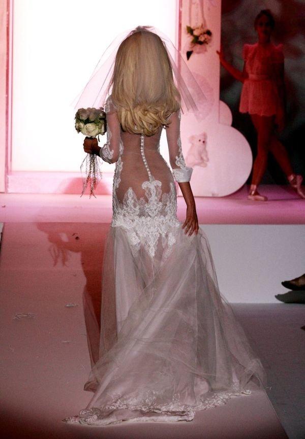 Фото прозрачные платья свадьбы молодых — pic 10