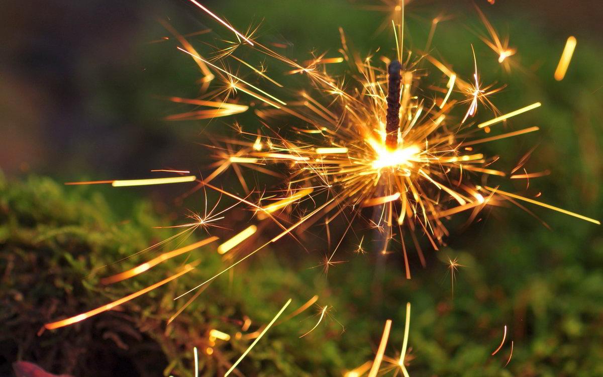 фото бенгальского огня лицо желтком