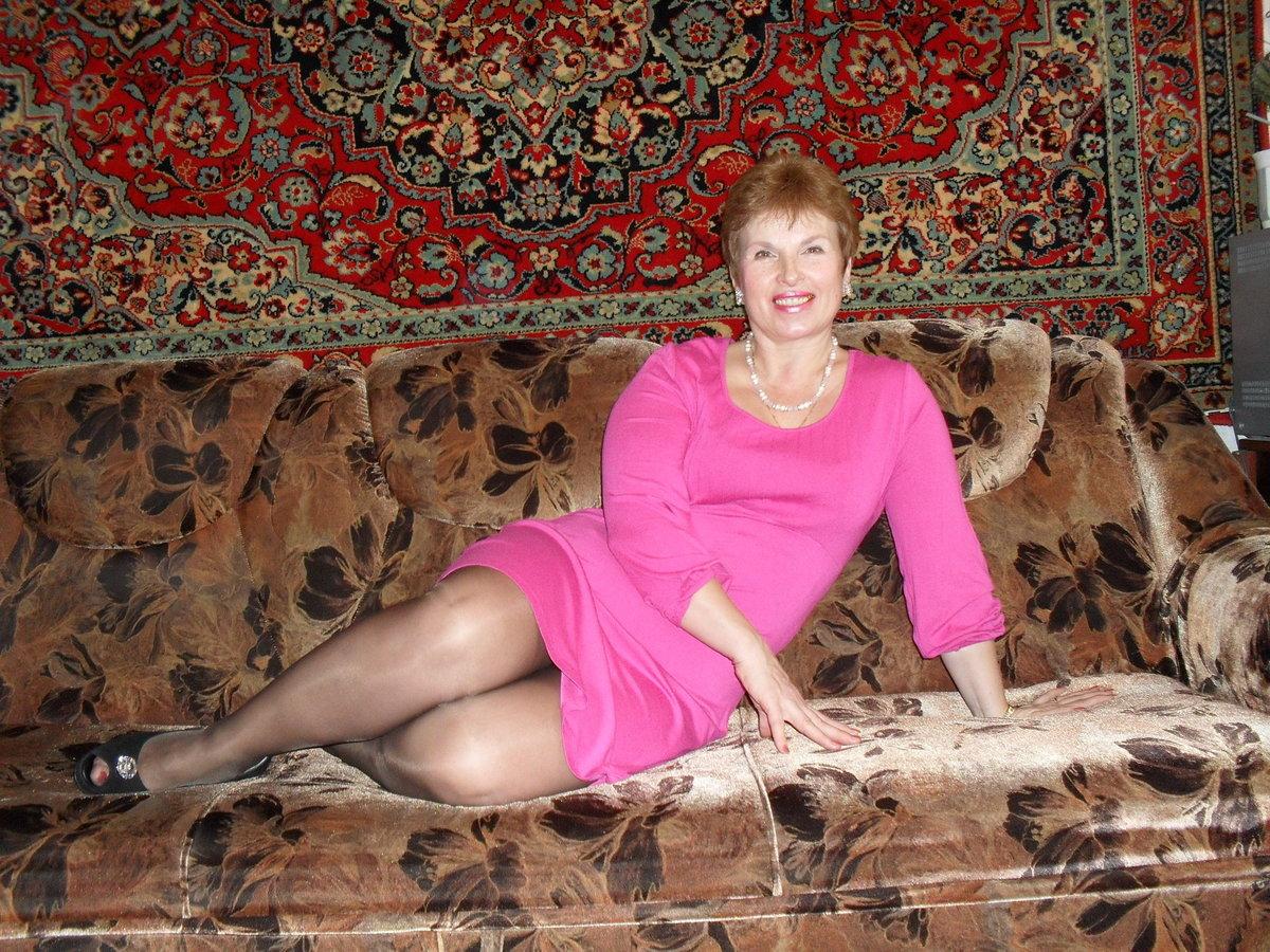 лежал мамке русские домашнее зрелые видео себя кровати