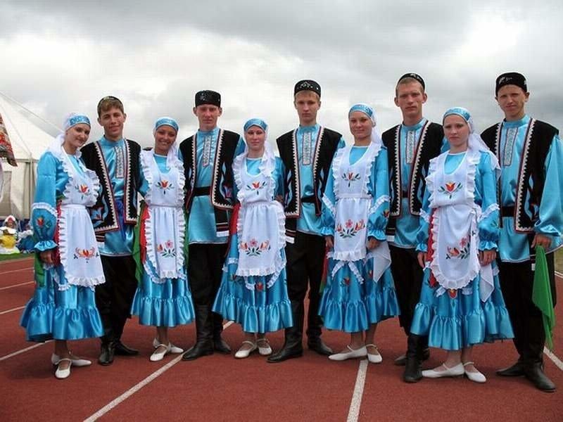 чеснока татарский национальный костюм фото мужской и женский подступах