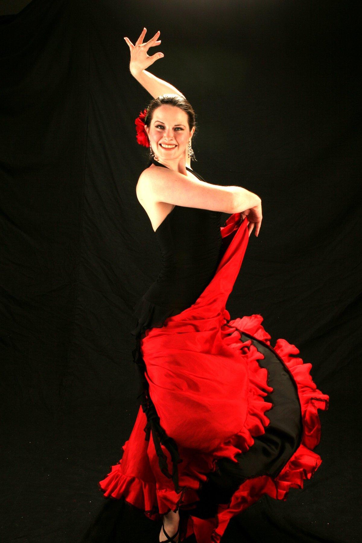 что танцовщица фламенко картинки часы золотом