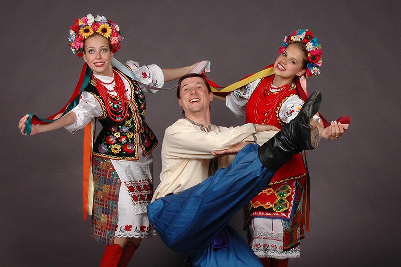 для вертикального фото с русскими народными танцами для