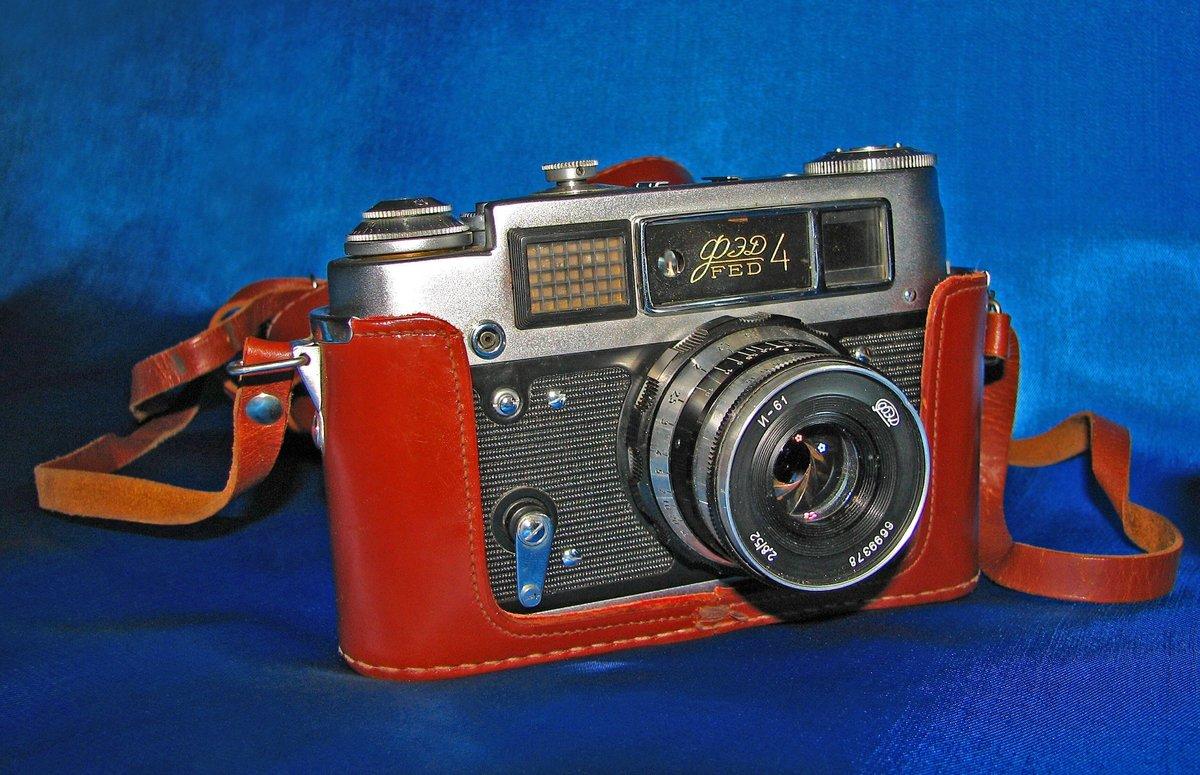 предлагаем коллекционные советские фотоаппараты черный