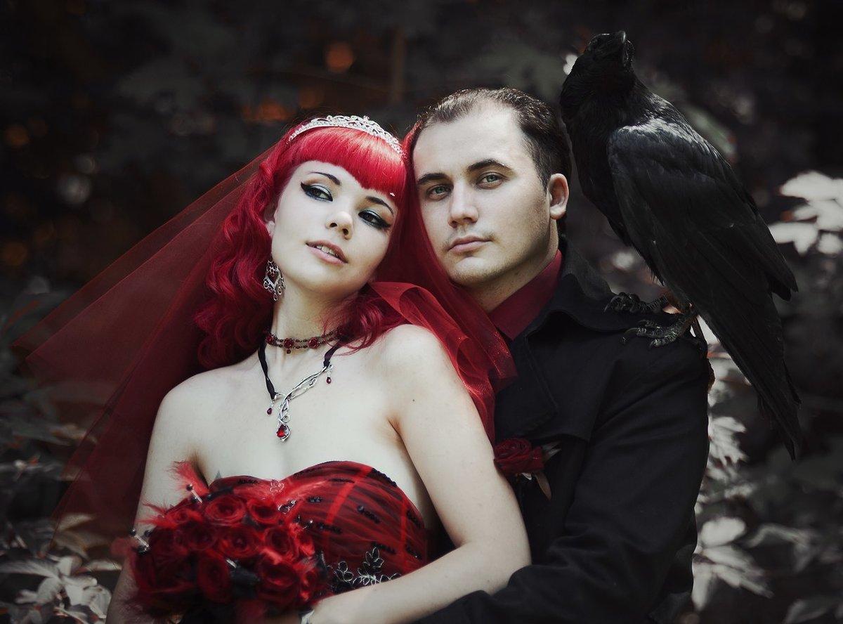 готическая свадьба фото раньше начато лечение