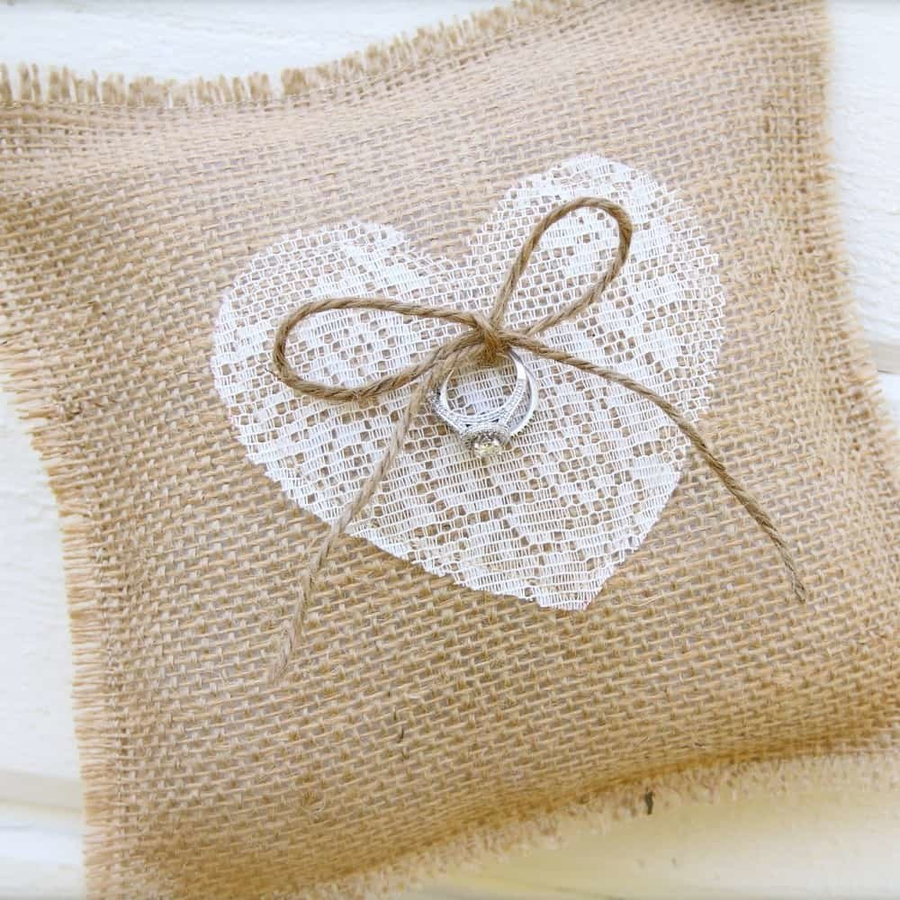 Поздравление с льняной свадьбой в картинках подарок из льна
