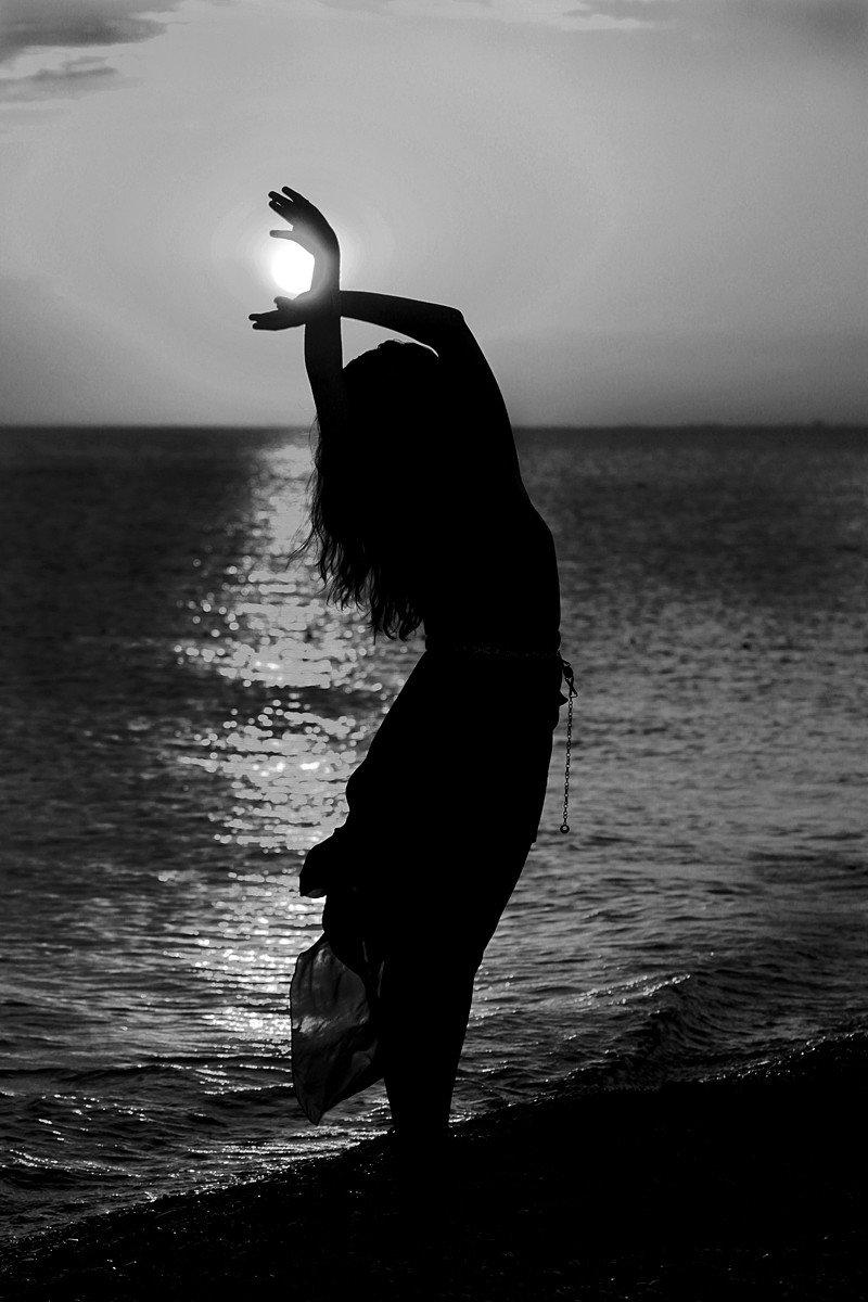 Картинка девочка и тень