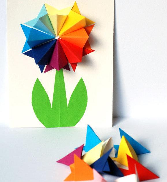 Открытка с цветком внутри оригами