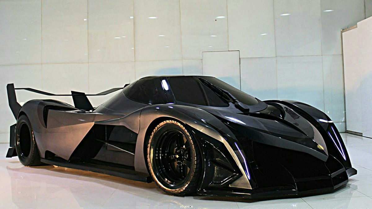 """Угольно-черный Devel Sixteen V16 Hypercar "" - card from use"