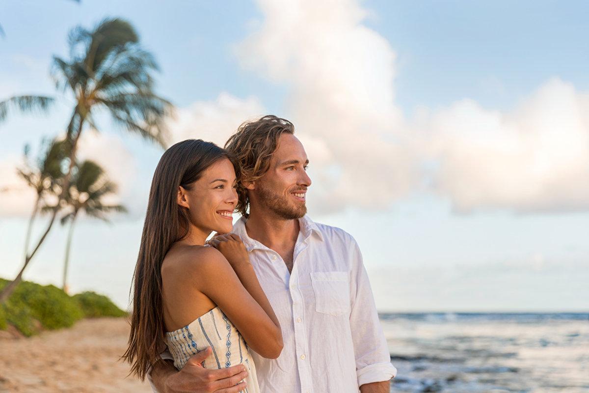 тайная любовь мужа и жены на пляже - 11