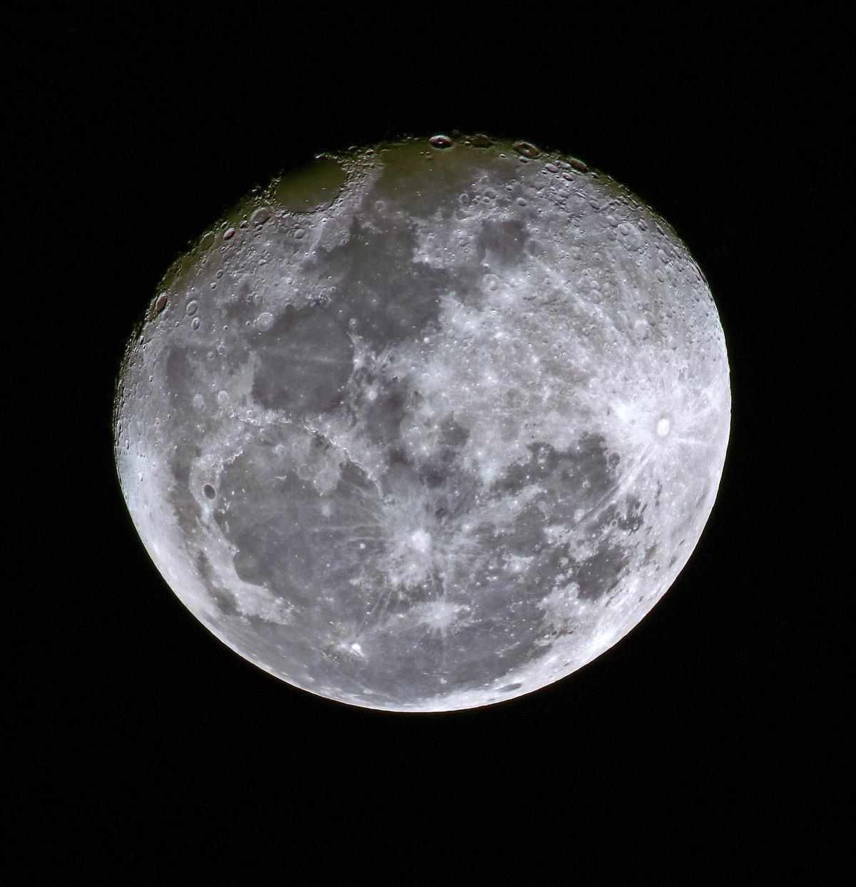 шумихи реальные фото луны из космоса суши