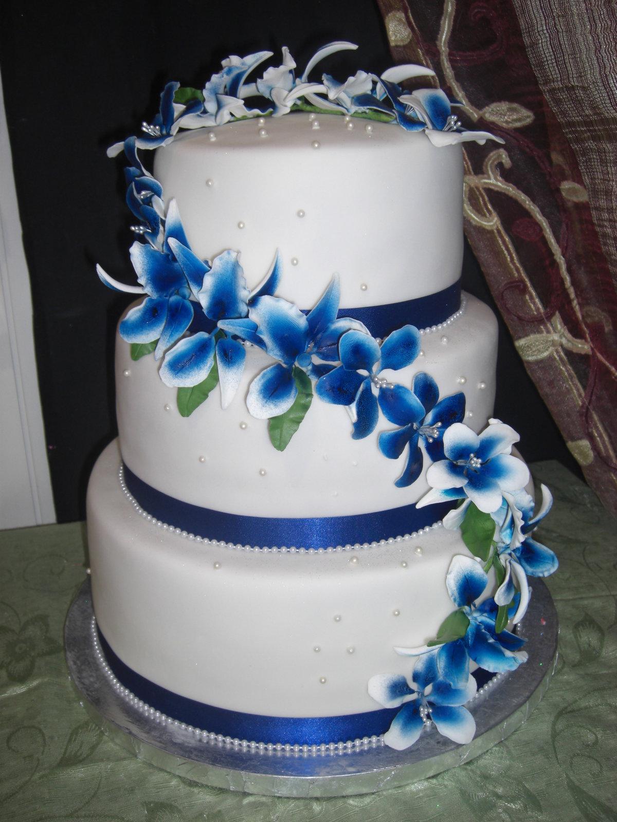 Отправка открыток, картинки свадебного торта в синем цвете