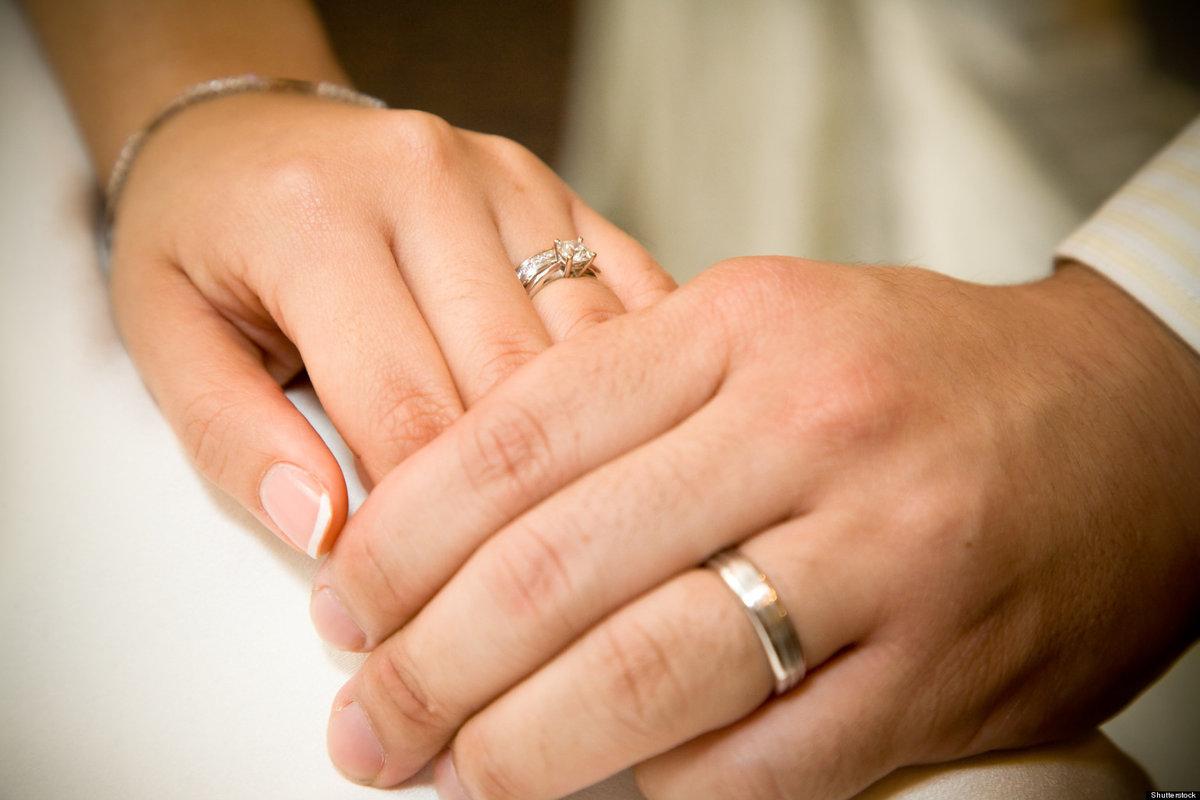 Открытки днем, открытки с обручальными кольцами на руках