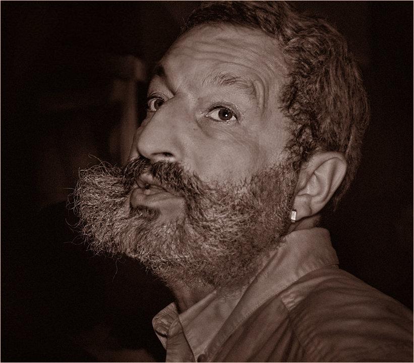 сынишку писатели с бородой фото оказался настолько сочным