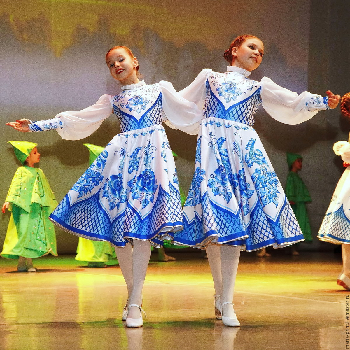 Русский народный костюм для танца картинки