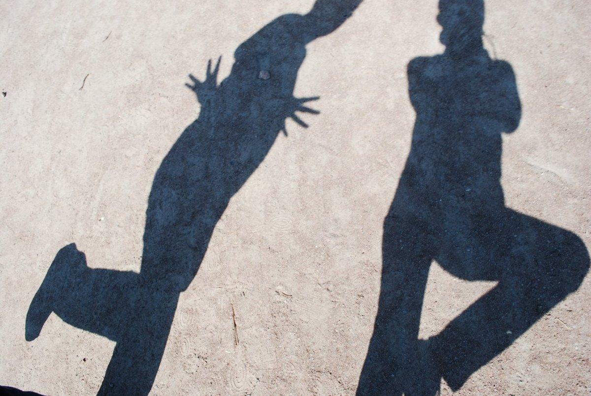 Картинка тени человек