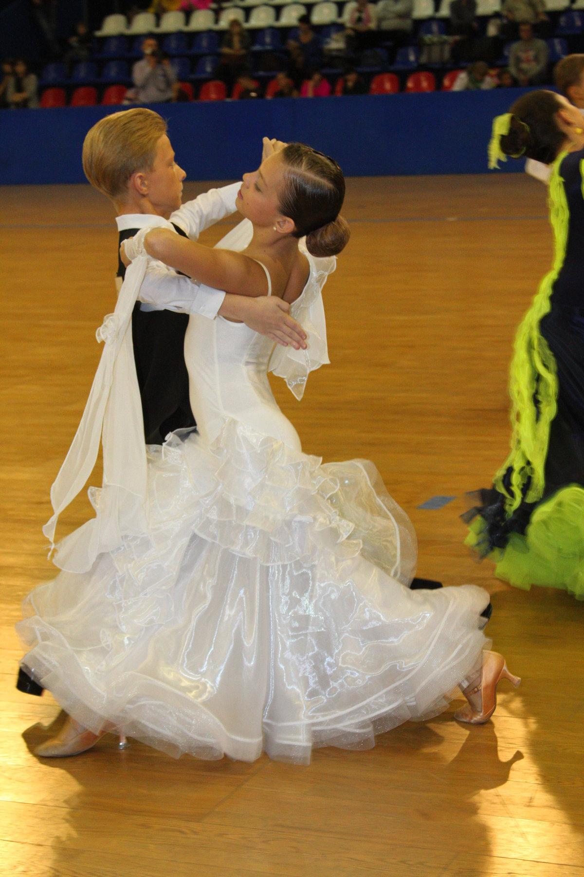 Картинки для детей танец вальс
