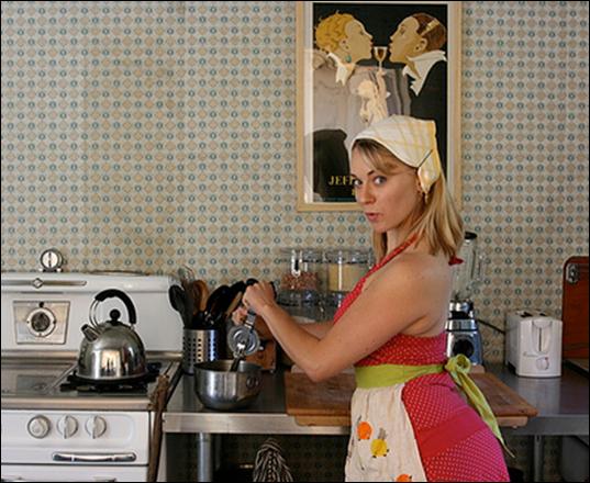 зрелая русская хозяйка в гостях