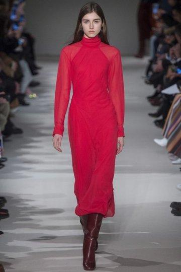 5f87adfc306c15b Модное красное платье миди длины.» — карточка пользователя ...