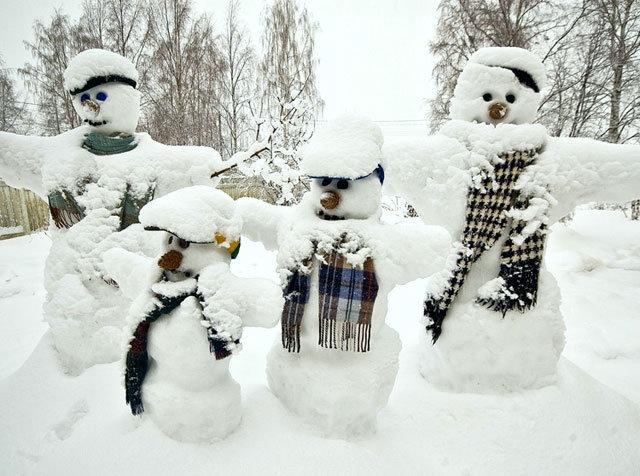 Зимние прикольные картинки с детьми с надписями