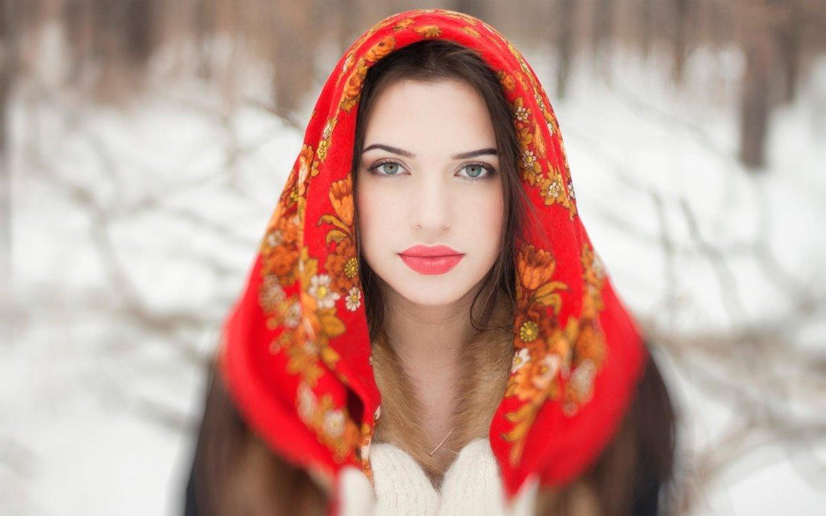 фотографии русской девушки желтые
