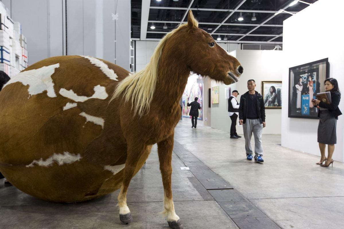 Картинка сферический конь в вакууме
