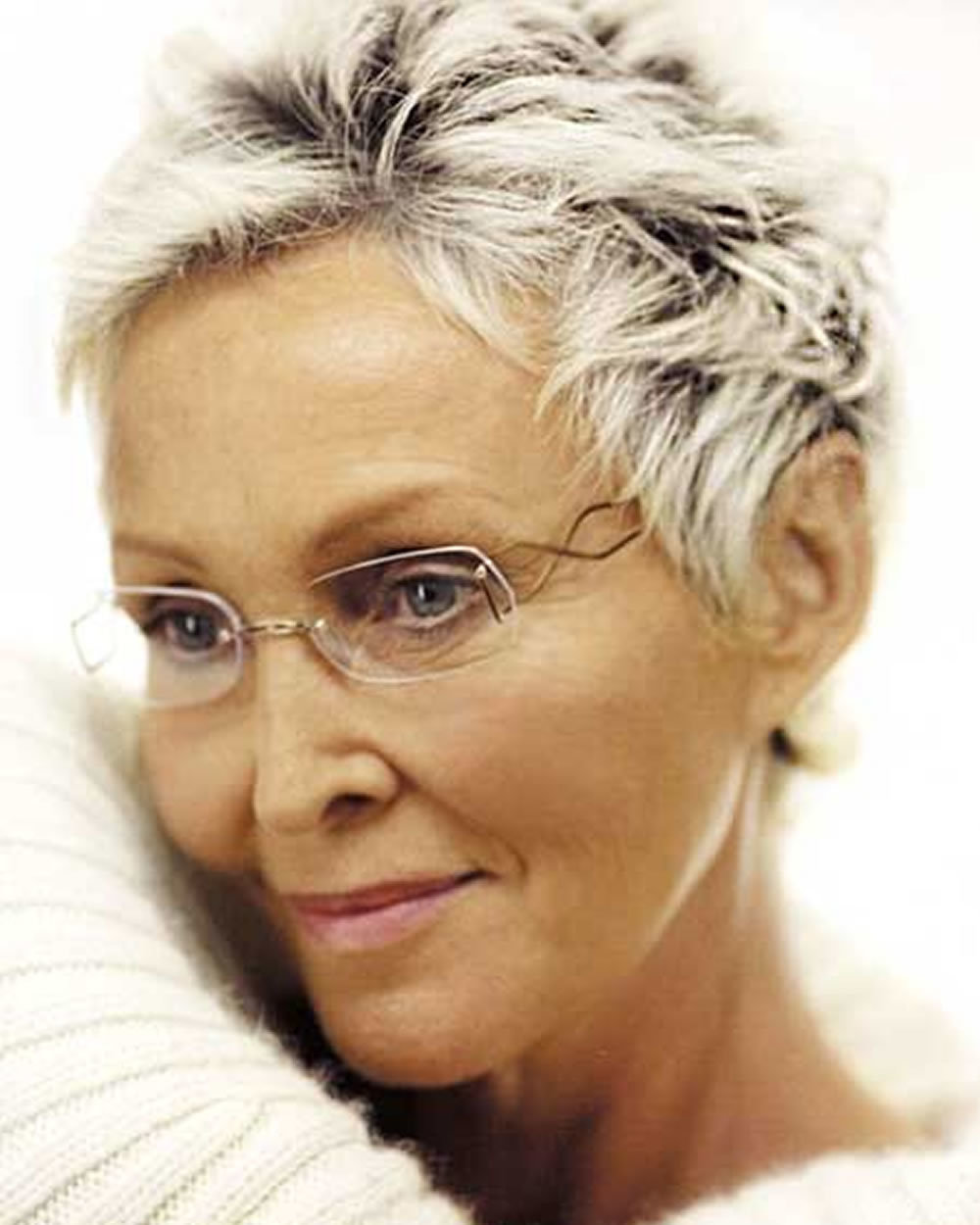 Pixie Short Haircuts For Older Women Over 50 2018 2019 Sho Card