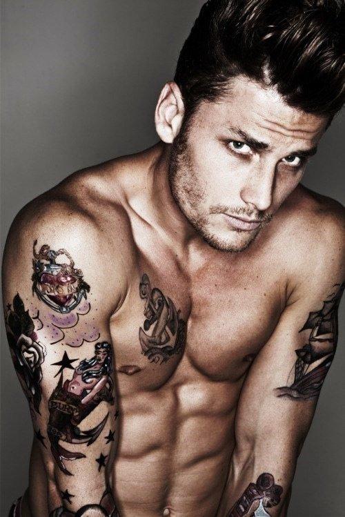 значительно спокойнее фото татуировок на теле мужские сорняк, колючий чертополох