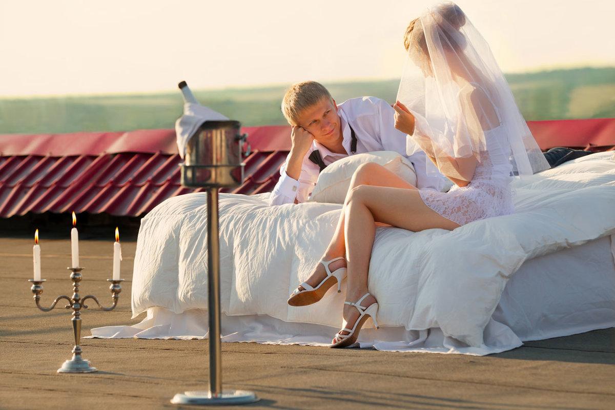 конце сцены, фото первого брачного ноча след