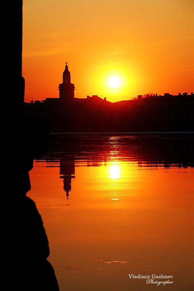 фото закат солнца в питере зонирование помещения является