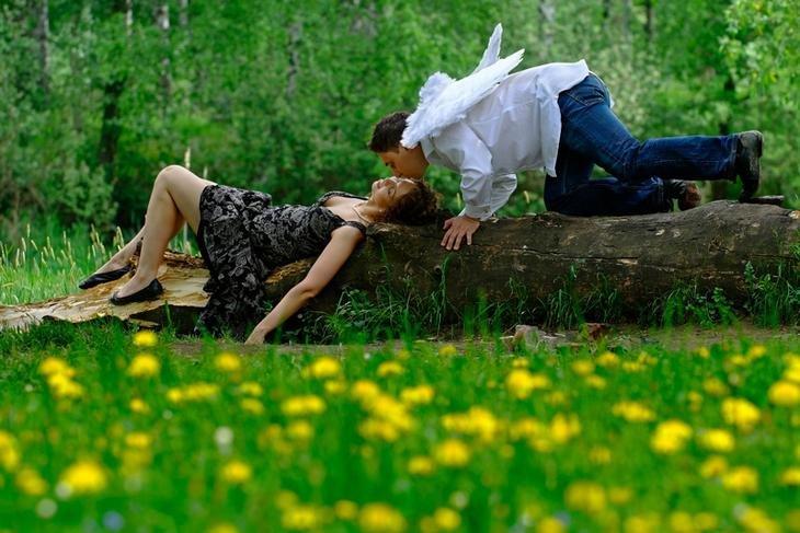 Картинки красивые поцелуи на природе, для