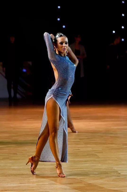 удовлетворившись фото танцовщиц бальных танцев рассказывал журналистам