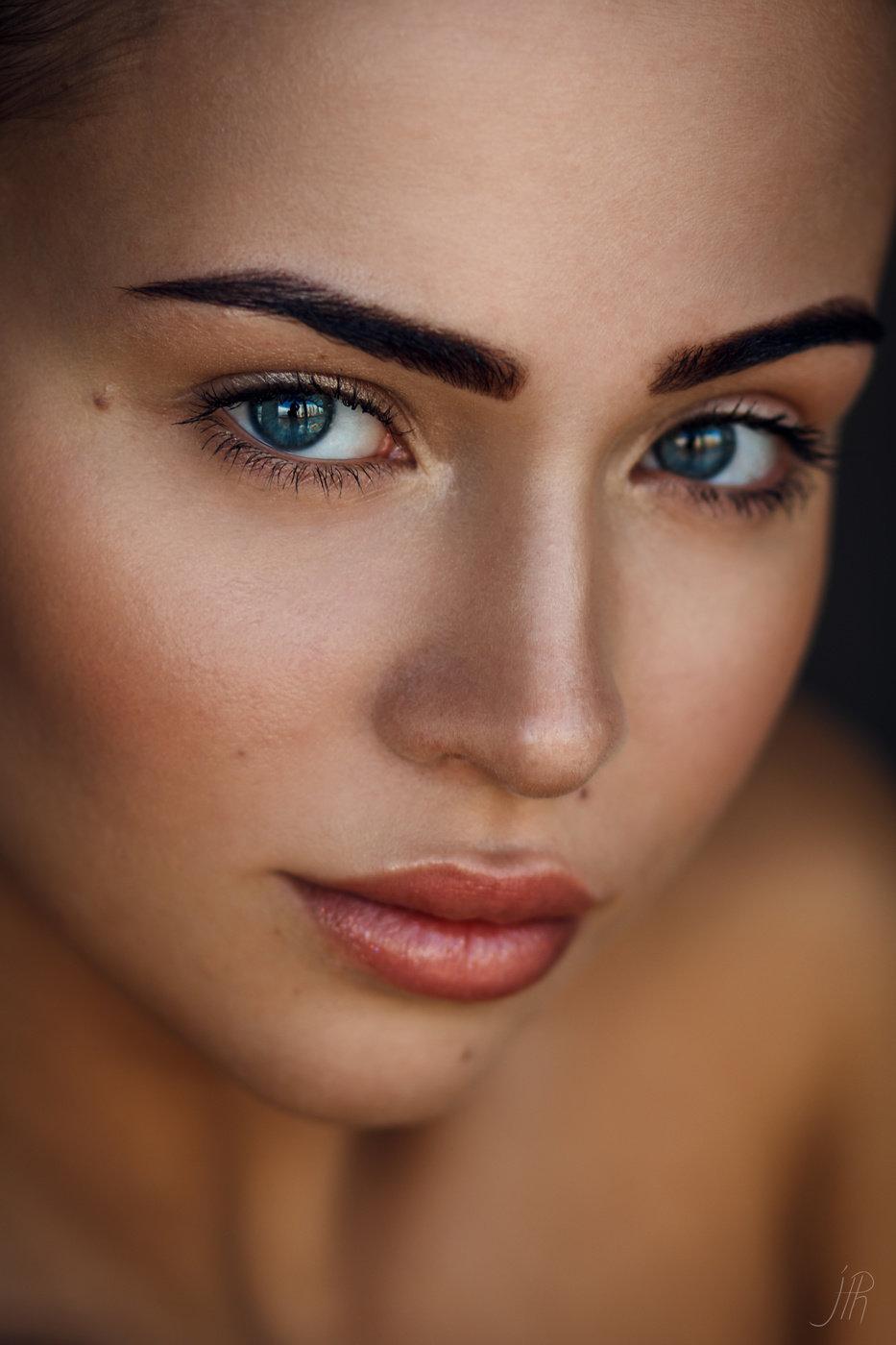 Прекрасный макияж для девушки