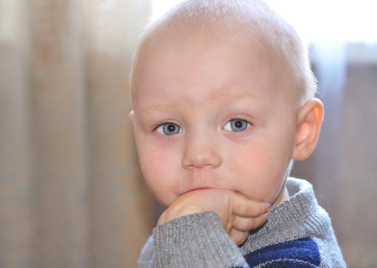 бан, абсолютно картинки подмигивает малыш официальном